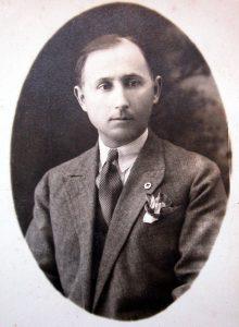 Лазар Велицки