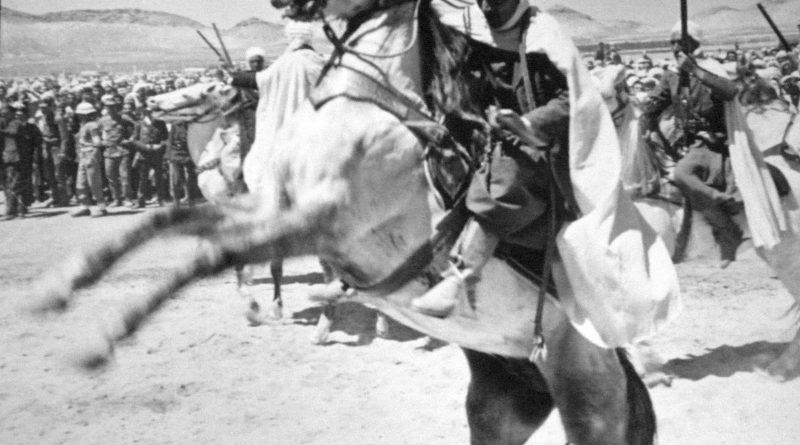 Атрактивна игра коњаника у част Титове посете афричким земљама