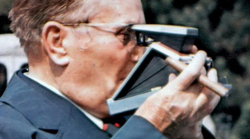 Јосип Броз Тито снимао је с разним камерама