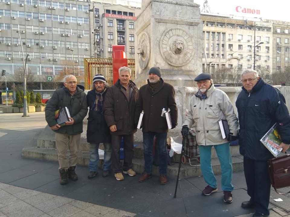 Ауторима из Београда, поменутим у првом тому, књига је накнадно уручена